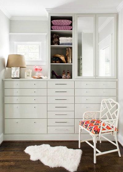von schrankecken und nischendasein ankleidezimmer auf engstem raum. Black Bedroom Furniture Sets. Home Design Ideas