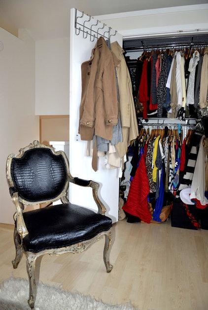 Contemporary Closet by Kara Mosher