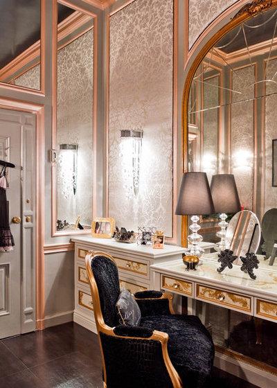 Victorian Closet by Rikki Snyder