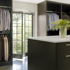 Contemporary Closet by Studio Durham Architects