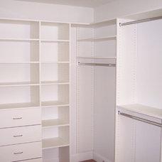 Traditional Closet by Mossworx Design Inc