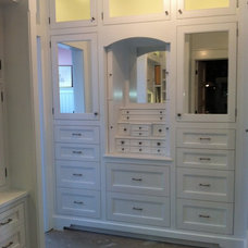 Traditional Closet by Cam`s carpentry and wood working