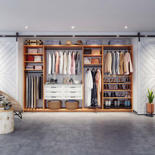 Closet Factory Reach-In Closet