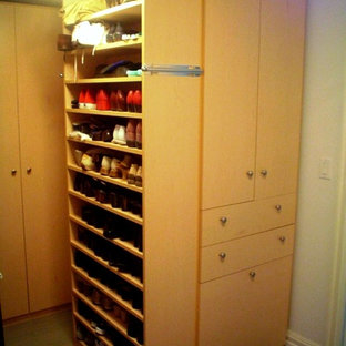 Closet Factory Shoe Storage to Die For