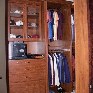 Example of a closet design in Las Vegas