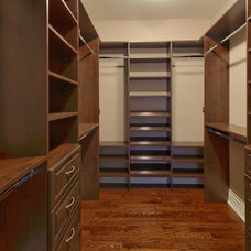 Traditional Closet by Galle Construction Inc