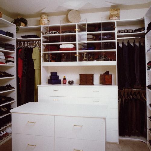 Example Of A Closet Design In San Francisco