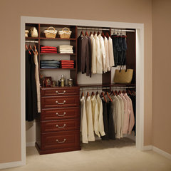 closet by The Stow Company