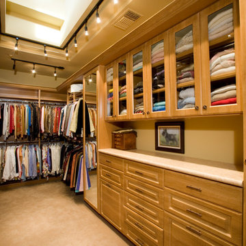 Closet | Seven Hills | 02104 by Pinnacle Architectural Studio