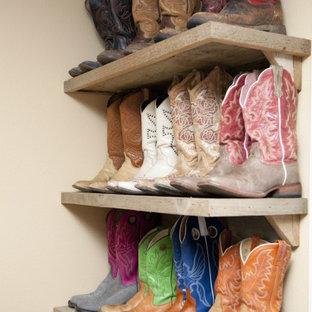 Idéer för att renovera en eklektisk garderob