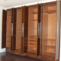 modern closet by D&O Cabinets INC