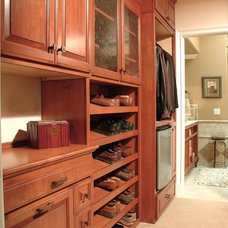 Traditional Closet by Decore-ative Specialties