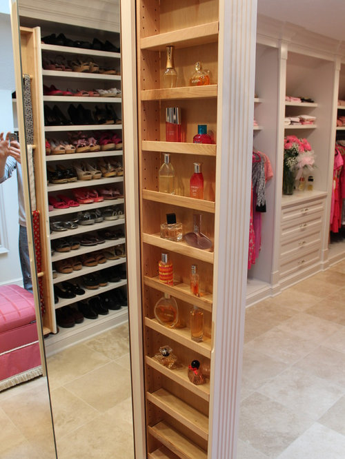 Example Of A Classic Closet Design In Cleveland