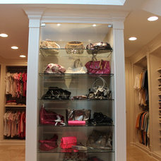 Traditional Closet by Dream Builders