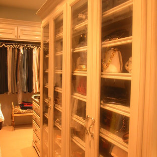 Closets of The French Tradition
