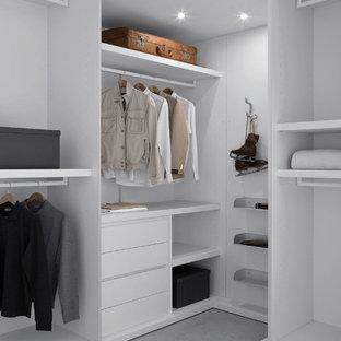 Moderner Begehbarer Kleiderschrank in Los Angeles