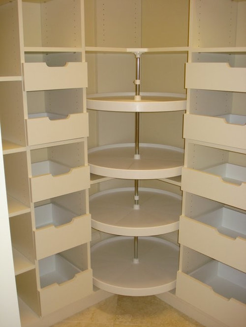 Lovely Example Of A Minimalist Closet Design In Miami
