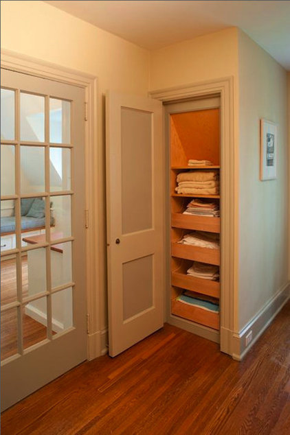 traditional closet by Sullivan Building & Design Group