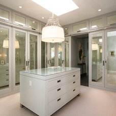Contemporary Closet by Abramson Teiger Architects