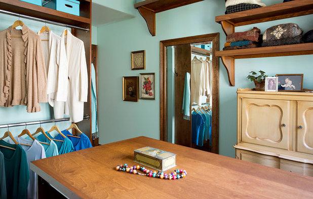 Traditional Closet by Elizabeth Swartz Interiors