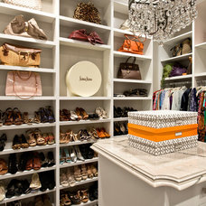 Contemporary Closet by PHX Architecture