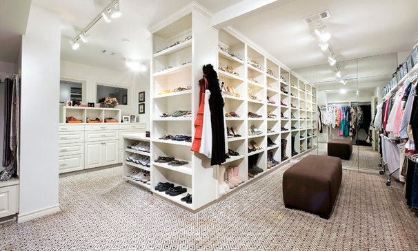 Traditional Closet Cord Shiflet's Personal Home