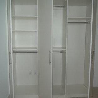Closet - modern closet idea in Miami