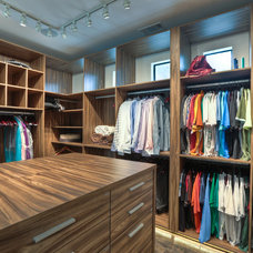 Contemporary Closet by Masa Studio Architects