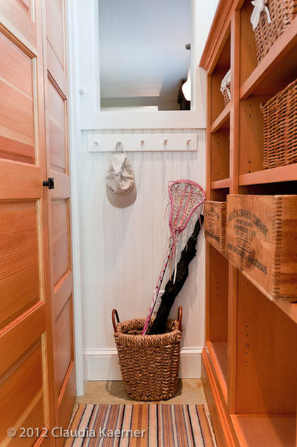 traditional closet by Juniper River Home Design