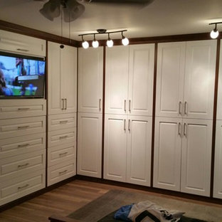 Custom closet cabinets  - La Jolla