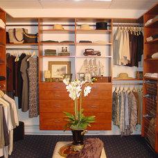 Modern Closet by New England Closet Design, LLC