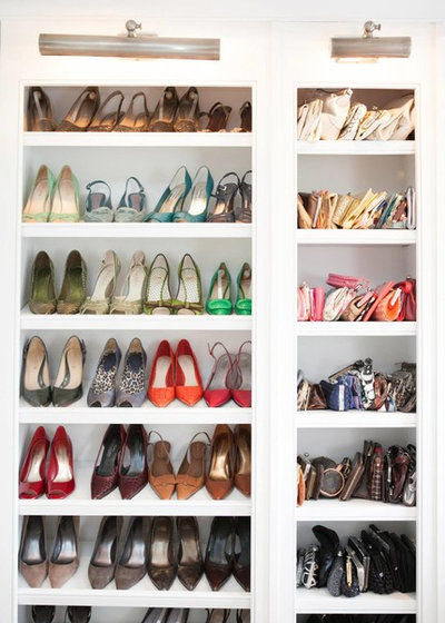 Klassisk Opbevaring & garderobe by Meriwether Design Group