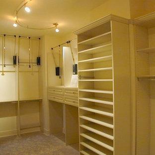 Elegant closet photo in Houston