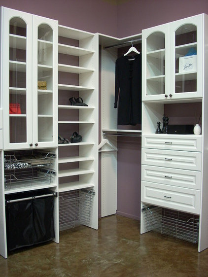 Traditional Closet by SpaceMan Home & Office