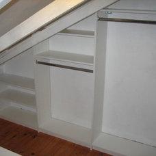 Contemporary Closet by Chio's Interior Designs