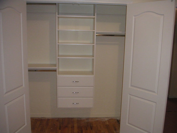 Traditional Closet by Contour A Closet