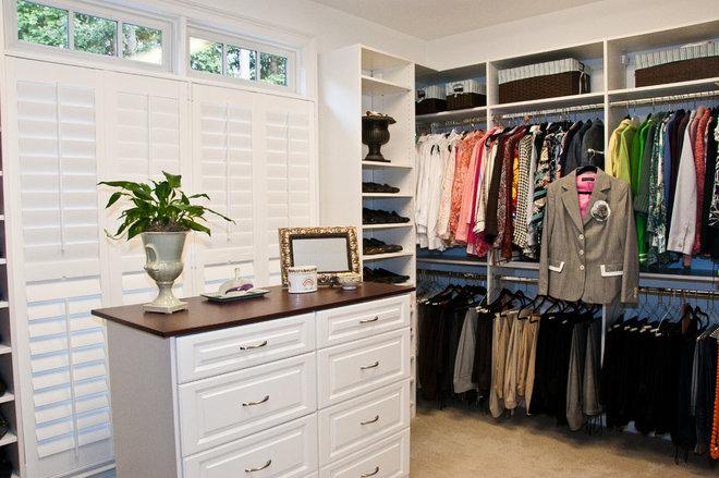 Traditional Closet by Louisiana Custom Closets