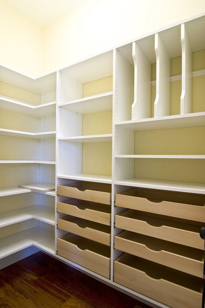 Traditional Closet by Pro Storage Systems