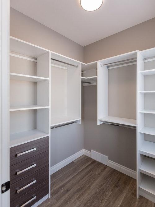 Armoires et dressings classiques avec des portes de - Customiser une porte de placard ...