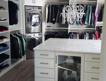 Custom Walk-in Closet Designs