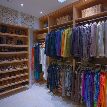 Dallas Build-to-suit Closet