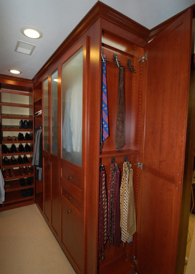 Traditional Closet By Twin Cities Closet Company