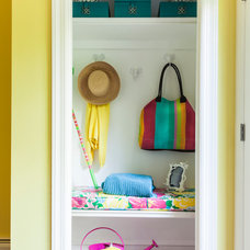 Eclectic Closet by Wostbrock Home