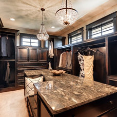 Transitional Closet by Divine Custom Homes