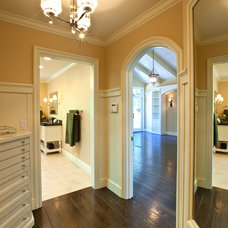 Traditional Closet by SH interiors