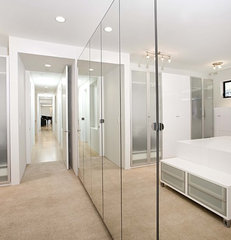 contemporary closet by Mark English Architects, AIA