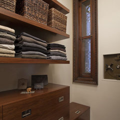 modern closet by Neuhaus Design Architecture, P.C.