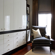 Modern Closet by Bellini Custom Cabinetry Ltd.