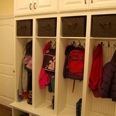 Traditional Closet DSC_0203.JPG