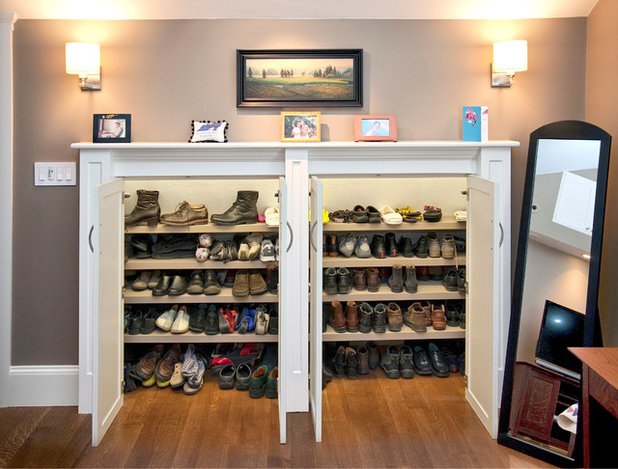 Traditional Closet by Don Foote Contracting